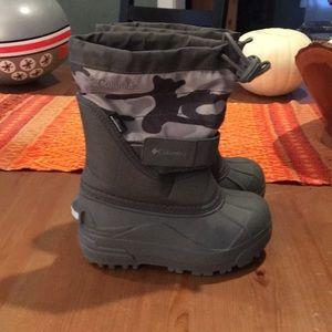Columbia boys winter boots